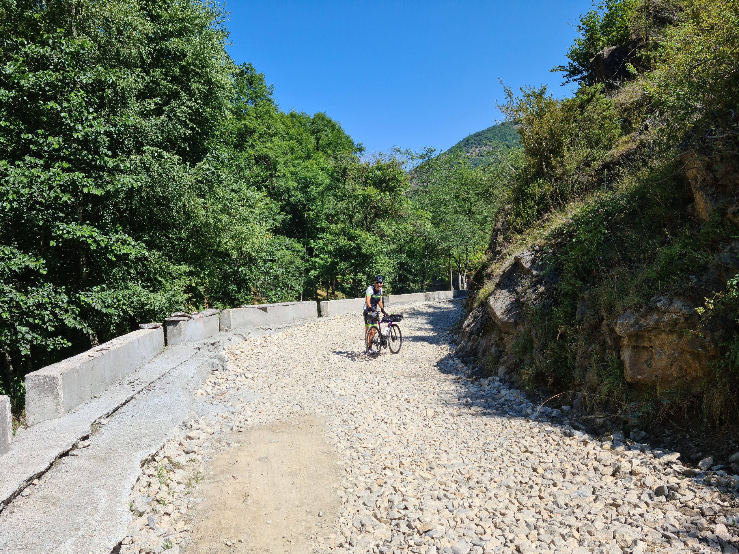 Crossing the Pyrenees, 7th day: Ax-les Thermes - Mosset